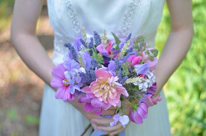 Zaai-een-bruidsboeket